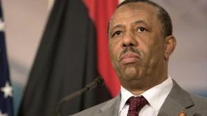 الثني يصل القاهرة في زيارة مفاجئة