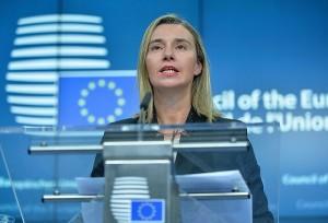 الممثلة العليا لشؤون السياسة الخارجية والأمنية بالاتحاد الأوروبي تؤكد على ضرورة التوصل لحل دبلوماسي للأزمة الأوكرانية