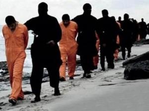 تنظيم الدولة الاسلامية يبث شريطا مصورا يظهر ذبح 21 مصريا كان قد اختطفهم في وقت سابق