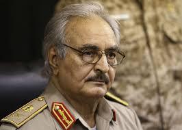 حفتر يؤيد التدخل العسكري المصري في ليبيا وهو سعيد بذلك