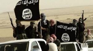 داعش  يعدم 12 من عناصره بعد إدانتهم بالتخاذل بالعراق