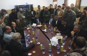 جنود ليبيون حاولوا منع رئيس الوزراء من زيارة بنغازي