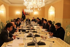 لجنة المالية بالمؤتمر الوطني العام تتابع إجراءات صرف مرتبات المواطنين بالدولة