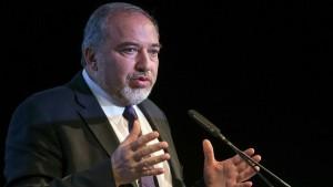 ليبرمان يجب أن يكون لنا عملية عسكرية كل عامين وحرب جديدة مع حماس مسالة وقت
