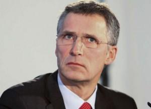 أمين عام الناتو يؤكد استعداد الحلف لمساعدة ليبيا والعراق