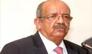 الجزائر تستضيف الثلاثاء اجتماعا يضم سياسين ليبيين