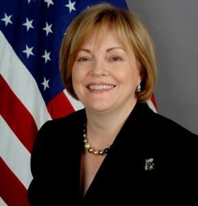 السفيرة جونز ضربة جوية تقتل 8 مدنيين بترهونة