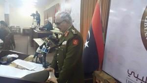 حفتر يؤدي اليمين قائدا عاما للجيش الليبي