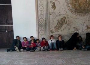 مقتل سبعة سياح أجانب وتونسى واحد فى الهجوم على متحف بالعاصمة التونسية 62