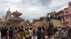 ارتفاع حصيلة ضحايا زلزال نيبال إلى 3218 قتيلا وأكثر من 6500 جريح