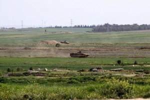 قوات الاحتلال تستهدف المزارعين شرق خانيونس
