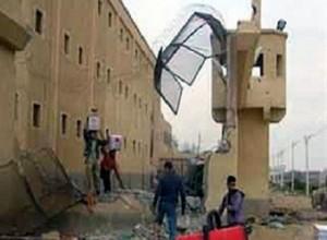 الشرطة العراقية  مقتل 10 من الشرطة و 8 من نزلاء سجن بلدة الخالص شمال بغداد