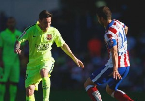 برشلونة يهزم أتليتيكو بهدف ميسي ويحرز لقب الدوري الاسباني