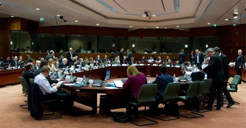 وزراء خارجية دول الاتحاد الأوروبي لا نريد غزو ليبيا بل مواجهة مهربي البشر