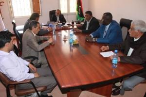 وكيل وزارة الحكم المحلي يلتقي بعمداء بلديات القبة وشحات والابيار