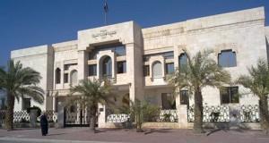 الداخلية الكويتية إحالة 5 مشتبه بصلتهم في الهجوم الانتحاري على جامع الإمام الصادق للنيابة العامة