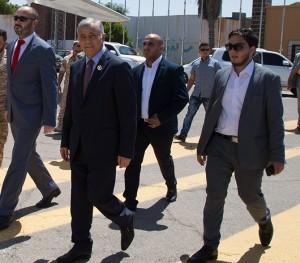 أبوسهين يصل العاصمة الجزائرية