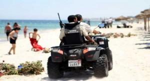 الشرطة التونسية  اعتقال 8 بينهم امراة يشتبه في علاقتهم المباشرة بهجوم سوسة