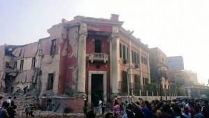 انفجار أمام مقر القنصلية الإيطالية بوسط القاهرة يسفر عن مقتل شخص وإصابة أربعة آخرين