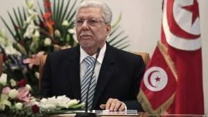البكوش يدعو لتعجيل تشكيل حكومة وفاق وطني في ليبيا