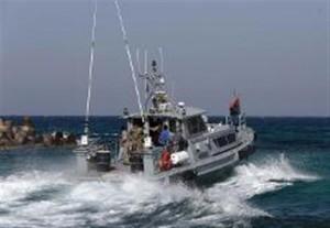 القبض على جرافة صيد مصرية داخل المياه الإقليمية الليبية