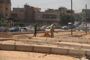 شركة الأشغال العامة مصراتة تواصل تنفيذ الطريق الدائري بصبراتة 1