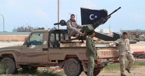 مقتل خمسة في اشتباكات قرب ميناء نفطي في شرق ليبيا
