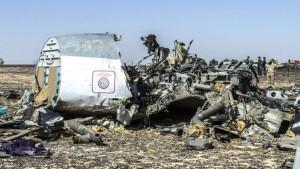 الحكومة البريطانية سقوط الطائرة الروسية في مصر قد يكون سببه عبوة ناسفة