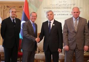 أبوسهمين يستقبل المبعوث الجديد لبعثة الأمم المتحدة إلى ليبيا