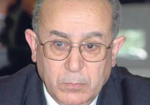 وزير الخارجية الجزائري يحذر من خطر الفراغ السياسي في ليبيا