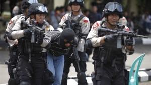 إندونيسيا تعتقل مشبوهين خططوا لشن هجمات