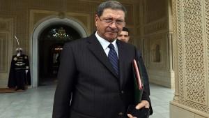 الصيد يقرر اختصار زيارته إلى الخارج بسبب الاحتجاجات في تونس