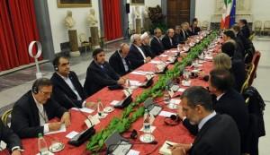 ایران وایطالیا توقعان 14 وثيقة تعاون بحجم 18 مليار دولار