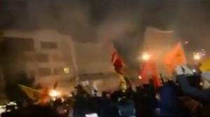 حرق القنصلية السعودية في مدينة مشهد الإيرانية احتجاجا على إعدام النمر
