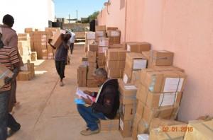 وصول الكتاب المدرسي للفصل الدراسي الثاني لمدارس مدينة الكفرة