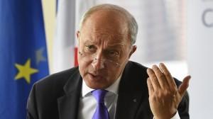 فابيوس: لا نية لدى فرنسا للتدخل العسكري في ليبيا