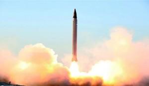ايران تختبر بنجاح اطلاق صواريخ باليستية من تحت الارض