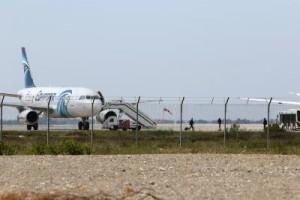 تفاصيل اختطاف الطائرة المصرية