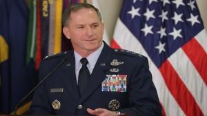 تعيين الجنرال دافيد غولدفين رئيسا جديدا لأركان القوات الجوية الأميركية