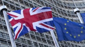 استطلا  42 % من البريطانيين يؤيدون البقاء في الاتحاد الأوروبي