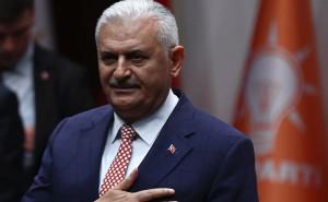 البرلمان التركي يمنح الثقة لرئيس الوزراء الجديد
