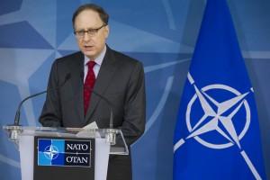 الناتو يجدد استعداده تقديم المساعدات للمؤسسات الليبية