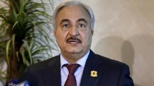 حفتر: أرفض الإنضمام لحكومة الوفاق قبل حل الميليشيات