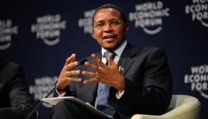 اختيار رئيس تنزانيا السابق رئيسا لبعثة الاتحاد الأفريقي لدى ليبيا