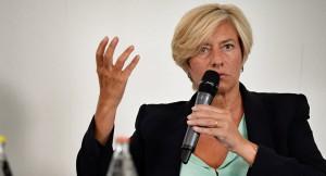 وزيرة الدفاع الإيطالية  الحرب على داعش في ليبيا لم تكن مرتبطة بموقع جغرافي