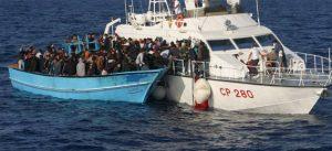إنقاذ 1725 مهاجرا قبالة السواحل الليبية
