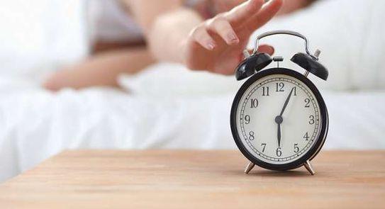 دراسة جديدة .. الاستيقاظ مبكرا بساعة عن المعتاد ذو فائدة عظيمة