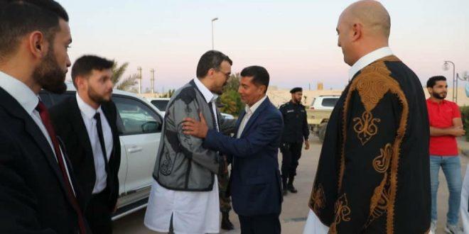 وزير الحكم المحلي يزور بلدية زوارة